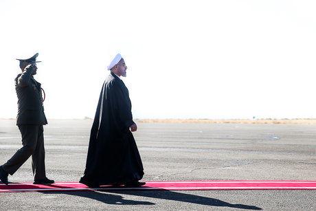 روحانی تهران را به مقصد عشق آباد ترک کرد