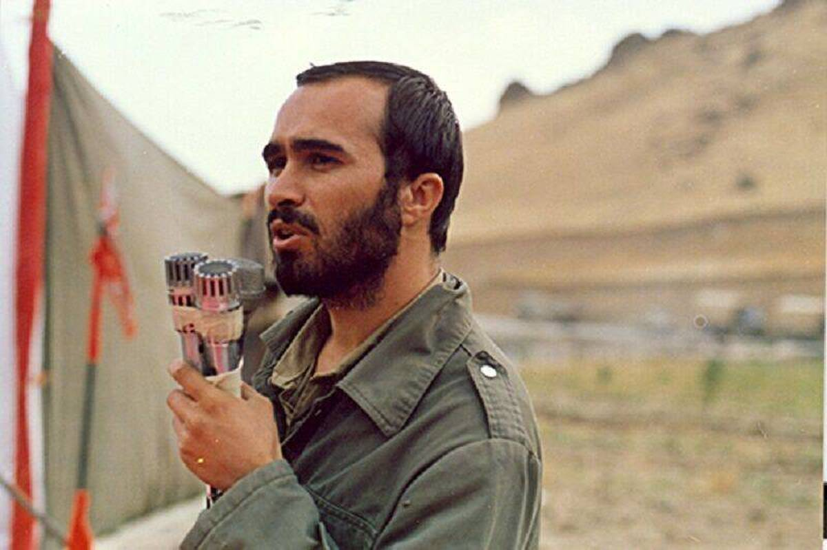 سردیس شهید خرازی در اصفهان نصب شد