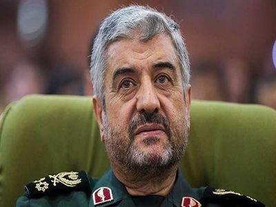 فرمانده سپاه پاسداران:در ابعاد سیاسی، فرهنگی، اجتماعی و اقتصادی وضع خوبی نداریم