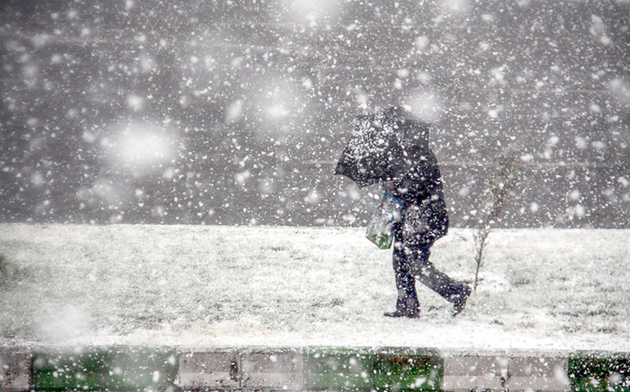 پیشبینی بارش برف در برخی مناطق کوهستانی/ توصیه به مسافران نوروزی
