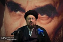 حضور سید حسن خمینی، محمد جواد آذری جهرمی در حسینیه جماران