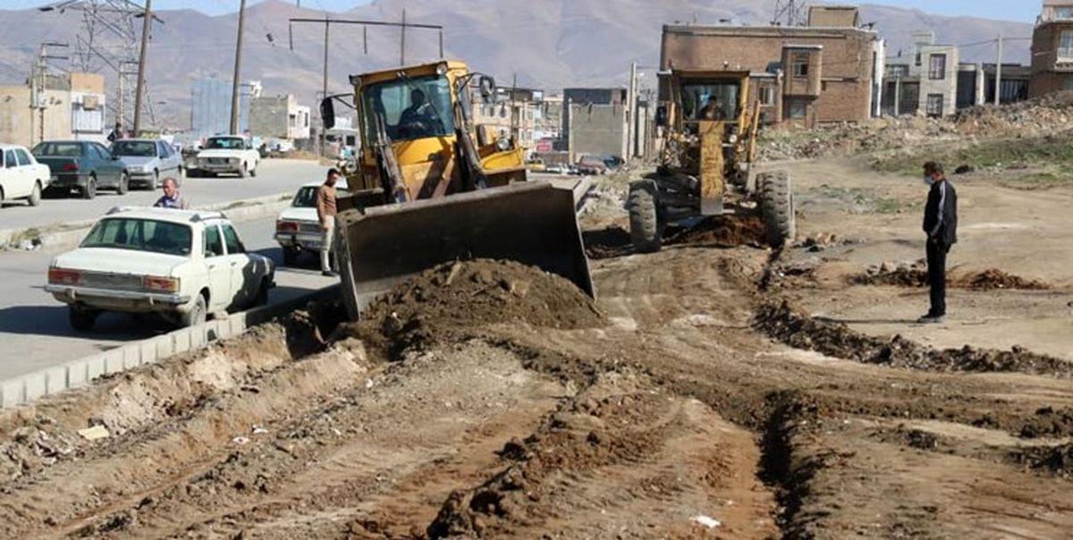 اجرای عملیات اصلاح هندسی دو بلوار در ناحیه منفصل شهری نایسر سنندج