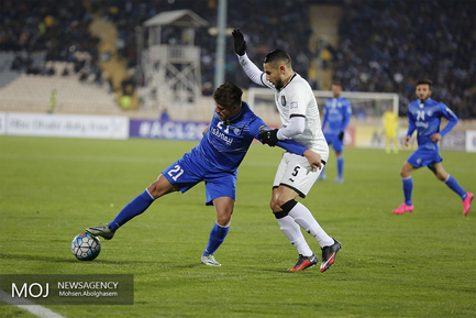دیدار تیم های فوتبال استقلال ایران و السد قطر