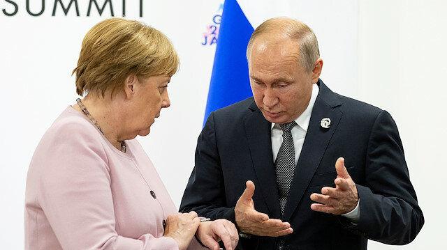 مرکل و پوتین، بحران در خاورمیانه را به بحث خواهند گذاشت