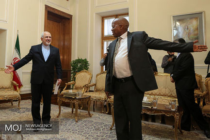 تقدیم+رونوشت+استوارنامه_+سفیر+جدید+سیرالئون+به+محمدجواد+ظریف+وزیر+امور+خارجه