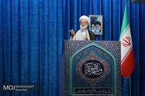 انسان باید در همه امور حد اعتدال را در نظر بگیرد/هدف دشمنان این است که فشار بیاورند تا ایران مذاکره کند