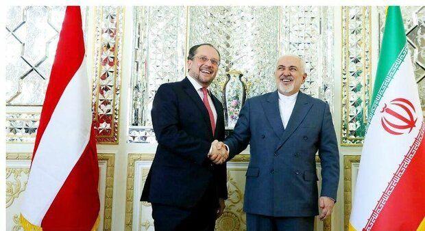 آغاز دور اول مذاکرات وزیرخارجه اتریش با ظریف