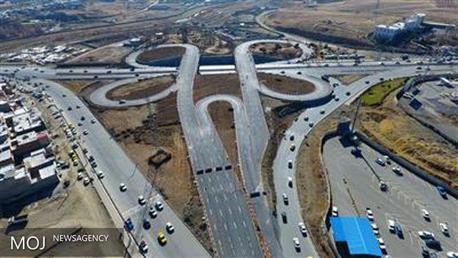 تقاطع غیرهمسطح سنجر خان به بلوار ساحلی وصل می شود
