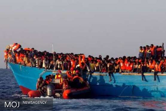 کشتی امید به زندگی پناهجویان آفریقایی به ساحل رسید
