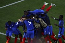 فرانسه باز هم در دقایق پایانی پیروز شد