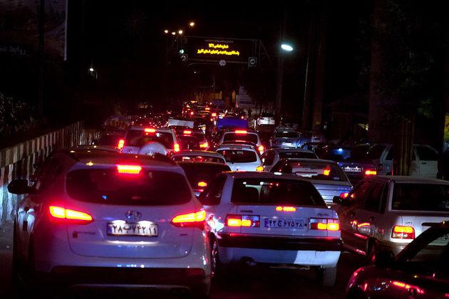 ترافیک نیمه سنگین در آزادراه کرج/تردد در جاده چالوس روان است