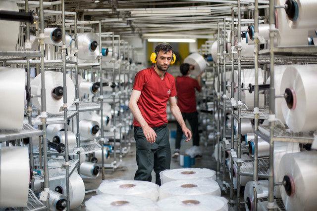 پرداخت بیش از دو هزار و 380 میلیارد ریال تسهیلات به واحدهای تولیدی