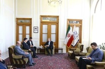 دیدار لاریجانی با سفیر سوریه در تهران