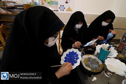 افتتاح مرکز زنان سرپرست خانوار در اصفهان با حضور ابتکار