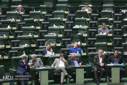 جلسه استیضاح محمود حجتی وزیر جهاد کشاورزی