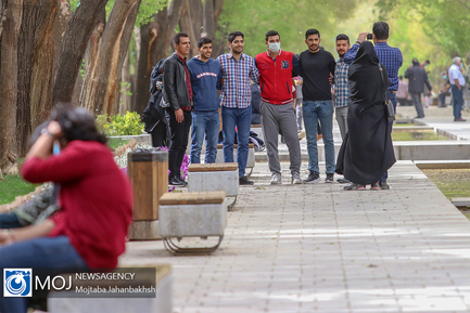 بی توجهی مسافران نوروزی یه زدن  ماسک در شهر اصفهان