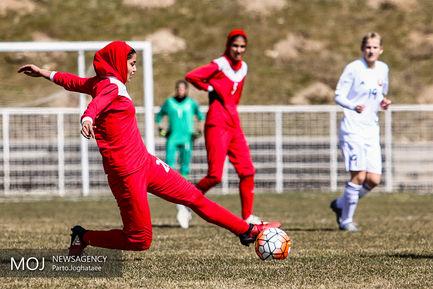 دیدار دوستانه تیم های ملی فوتبال بانوان ایران و بلاروس