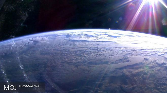 تلویزیون خانه را به عرشه رصد ایستگاه فضایی تبدیل کنید