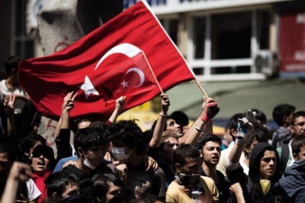تظاهرات در آنکارا با درخواست اعدام عاملان کودتا