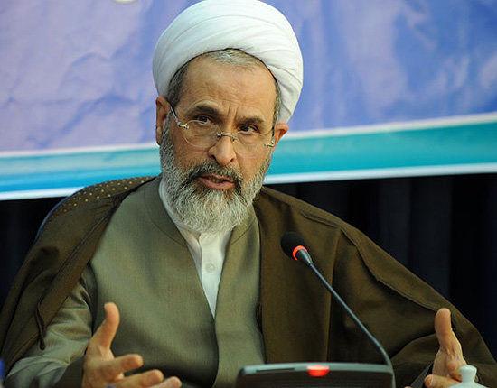 مقوله وحدت و همزیستی مذاهب اسلامی را بسیار مهم میشماریم