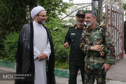 تجلیل از رزمندگان مدافعان حرم