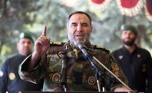 کسانی که داعیه دشمنی ما را داشتند امروز به حیله های غیر نظامی متوسل شده اند