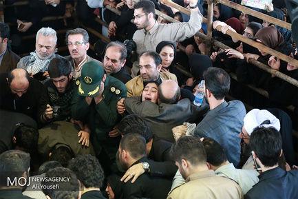 تشییع پیکر دو شهید مدافع حرم در رشت