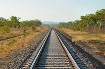 ریلگذاری ۱۰۰ کیلومتر از راهآهن چابهار-زاهدان آماده است