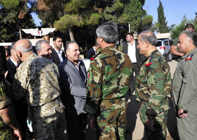 نخست وزیر سوریه با فرماندهان در حمص دیدار کرد