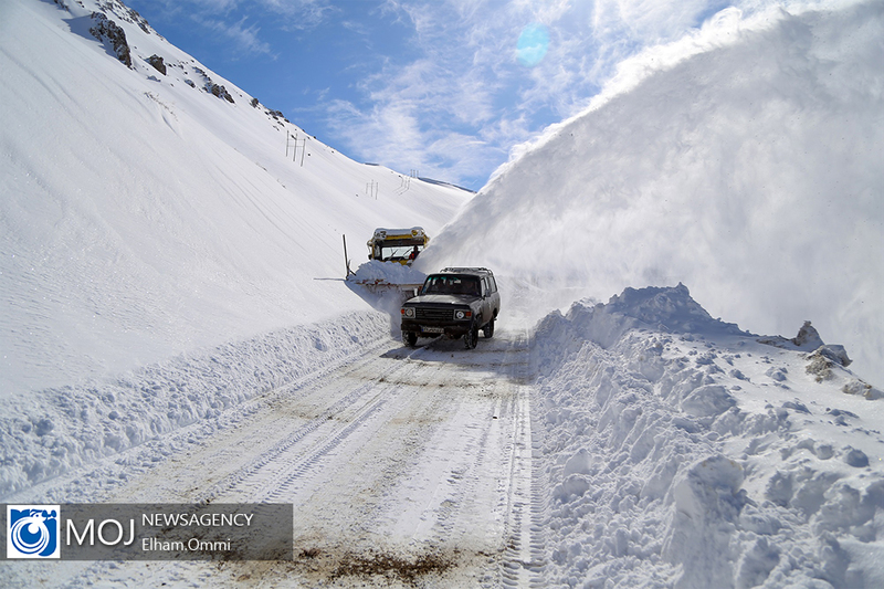 احتمال بارش برف سنگین در جاده های پرتردد
