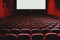 ظرفیت سینماها برای معرفی دستاوردهای علمی استفاده شود