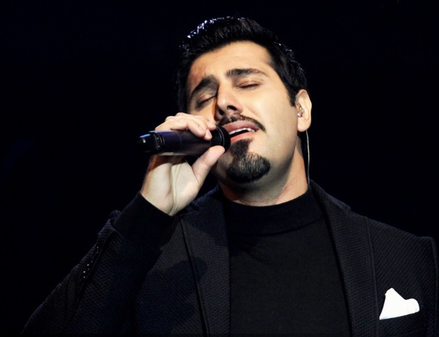 خواجه امیری در جشنواره موسیقی فجر غایب است/ کنسرت خواننده پاپ در سوئد و هلند