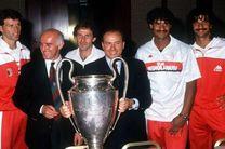 سیلویو برلوسکنی پس از ۳۰ سال میلان را ترک کرد