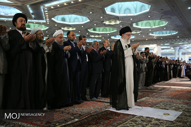 نماز عید سعید فطر به امامت آیت الله خامنهای اقامه شد