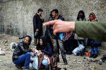 معتادان متجاهر در راه اردوگاه فشافویه