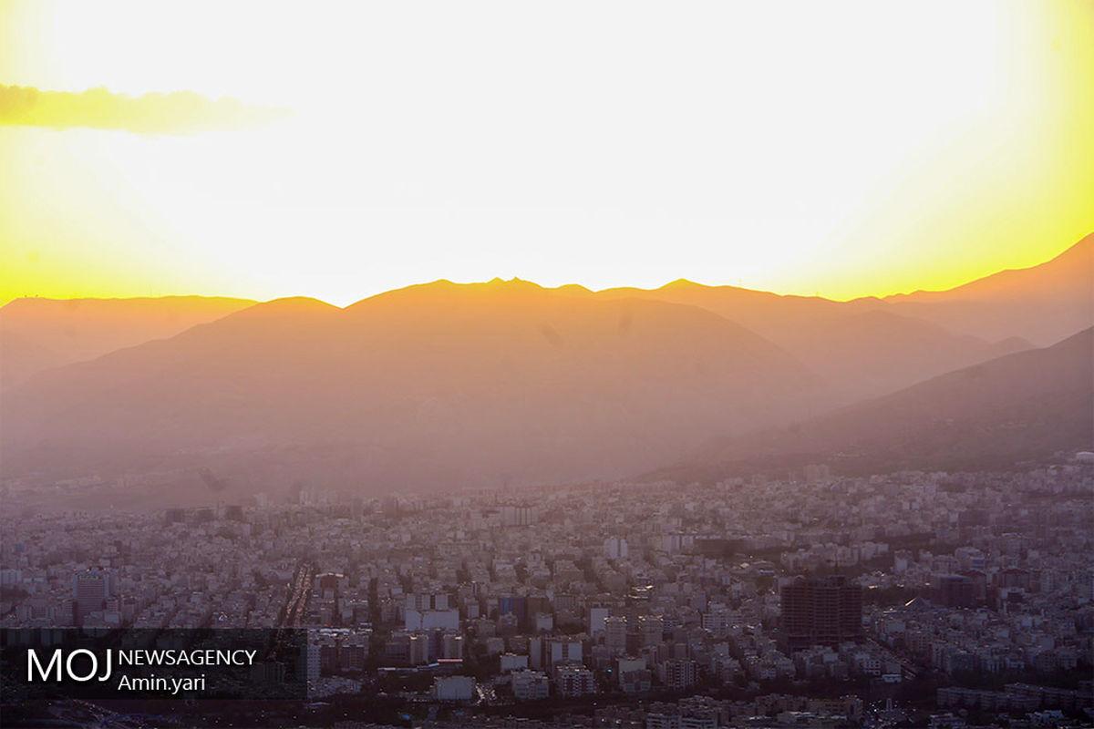 کیفیت هوای تهران ۱۵ تیر ۱۴۰۰/ شاخص کیفیت هوا به ۱۰۰رسید