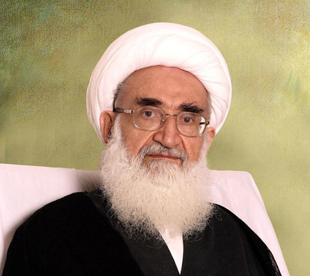 آیت الله نوری همدانی هتک حرمت به قرآن را محکوم کرد