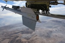 شلیک موفق موشک آذرخش از پهپاد کرار در رزم پهپادی ارتش