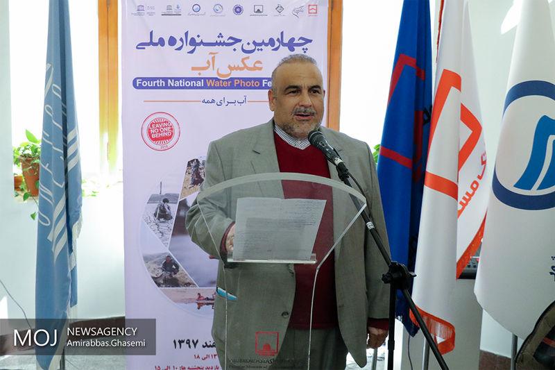 دولت افغانستان به دنبال فروش آب به ایران است/آب سیلابی از مرز افغانستان وارد ایران می شود