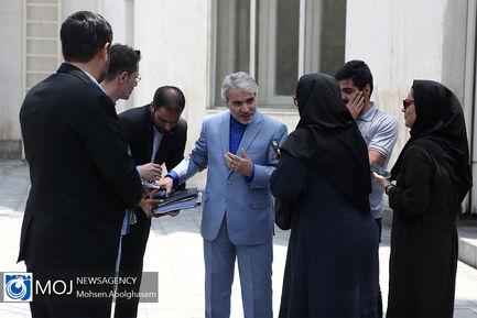 حاشیه جلسه هیات دولت - ۱۲ تیر ۱۳۹۸ / محمد باقر نوبخت رییس سازمان برنامه و بودجه