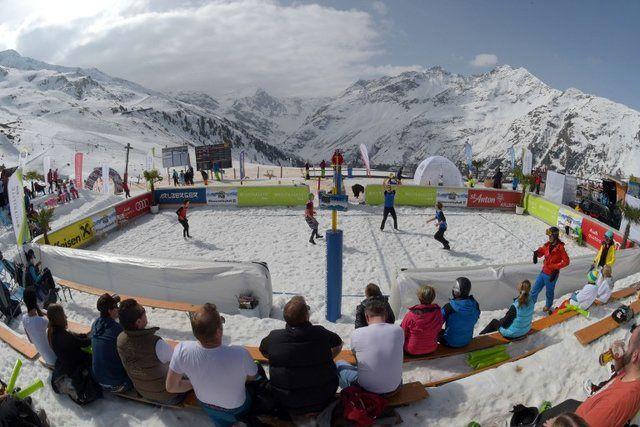 بازتاب مسابقات والیبال در برف ایران در FIVB