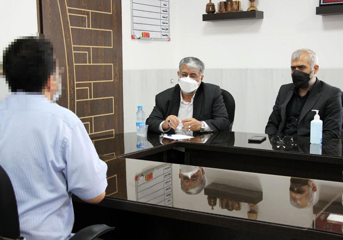 بررسی مشکلات قضائی زندانیان زندان مرکزی یزد