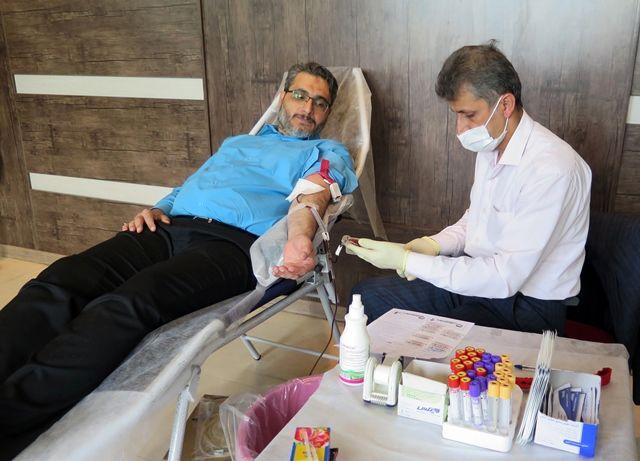 شرکت کارکنان بانک انصار در طرح جهادی اهدای خون