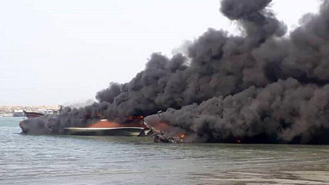 جزئیات آتش گرفتن ۴ لنج صیادی در شهرستان جاسک