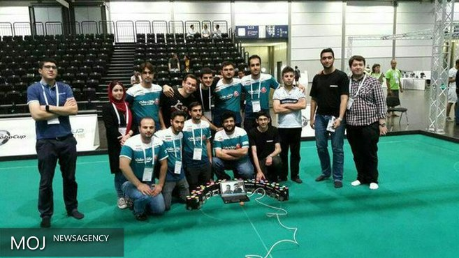 تیم دانشگاه آزاد قزوین به مرحله نیمه نهایی ربوکاپ صعود کرد