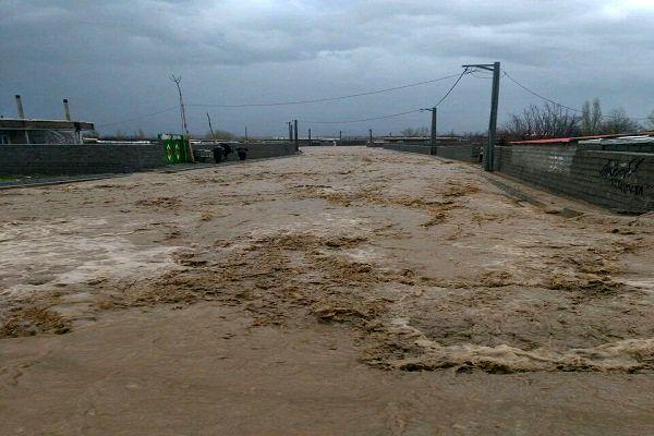 مسدود شدن برخی محورهای مواصلاتی گلستان به دلیل سیلاب