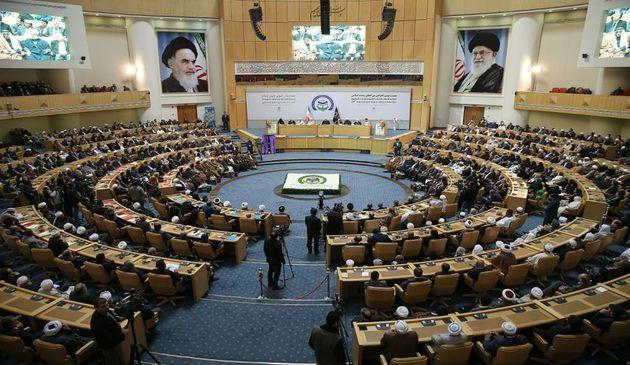 دیپلماسی اسلامی راهبرد عملی پیشرفت گفتمان وحدت است