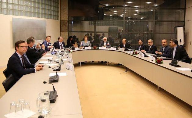 ظریف در جمع اعضای کمیسیون سیاست خارجی کنگره ملی هلند حضور یافت