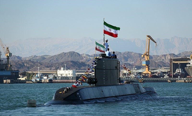 رزمایش ولایت ۹۷ با حضور زیردریایی فاتح و ناوشکن سهند آغاز شد