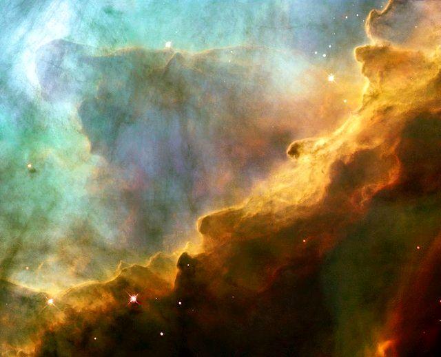 تصویر 3.3 گیگاپیکسلی از 3 پدیده کهکشانی